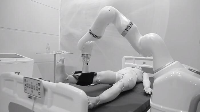 В Китае робот сдал экзамен на врача