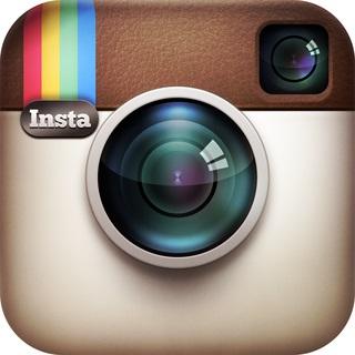 Instagram объединяет профили